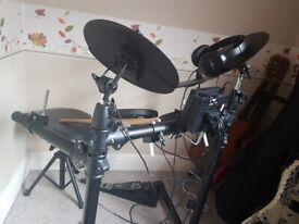 Gear4music electric drumkit DD400