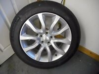 "ALLOY WHEELS GENUINE BRAND NEW LANDROVER 20"" STORMER ALLOYS IN SPARKLE SILVER WITH NEW UNUSED TYRES"