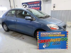 2011 Toyota Yaris air climatise groupe electriques