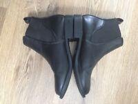 Girls Black Chelsea Boots