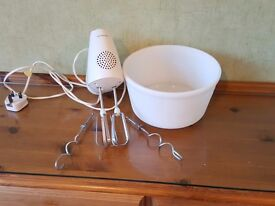 Kenwood HM220 food mixer in good working condition