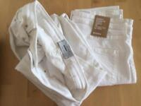 2 pairs of women's white skinny jeans (NEW LOOK & H&M)
