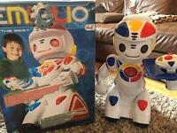 Emiglo the robot