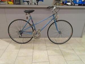 Vélo de ville CCM 20'' - 0426-9