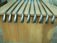 TITLEIST DCI 981 SET OF IRONS- 3 THRU SW - GRAPHITE STIFF FLEX - VGC
