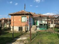 REDUCED PRICE! House with land for sale in Bulgaria. 300+ sunshine days per year, south of Bulgaria.