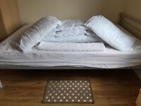 Double Duvet and 2 Pillows, Bathmat, Mat and Tea towels