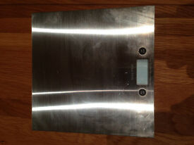 Salter 1004 SSDR Electronic Kitchen Scales in Brushed Silver Stainless Steel