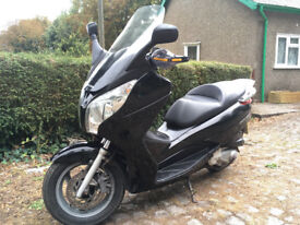 HONDA FES 125 S-wing maxi-scooter. Big storage, refurb. engine