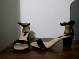 Dorothy Perkins size 6 used