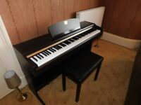 Yamaha Clavinova CLP 115. A Great Starter Piano - Super cabinet - Fantastic Sound Great Condition