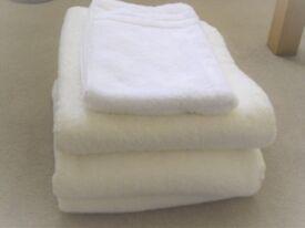 Bundle of Good Quality Towels, Bath Sheets and Hand Towel
