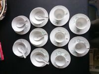 Chinese porcelain teacups and ricebowls, 1950