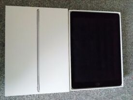 Apple iPad Pro 32GB, WiFi, 9.7in- Space Grey, A1673 - Excellent Condition