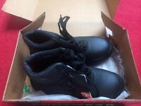 Steel toe cap work boots size 6 brand new