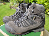UK size 4.5 Walking Boots - Brasher Altai Goretex lined. Vibram sole. Hardly worn as wrong fit.