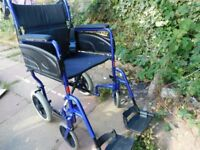 LIGHTWEIGHT ALUMINUM WHEELCHAIR VERY GOOD CON OPTION OF CUSHION