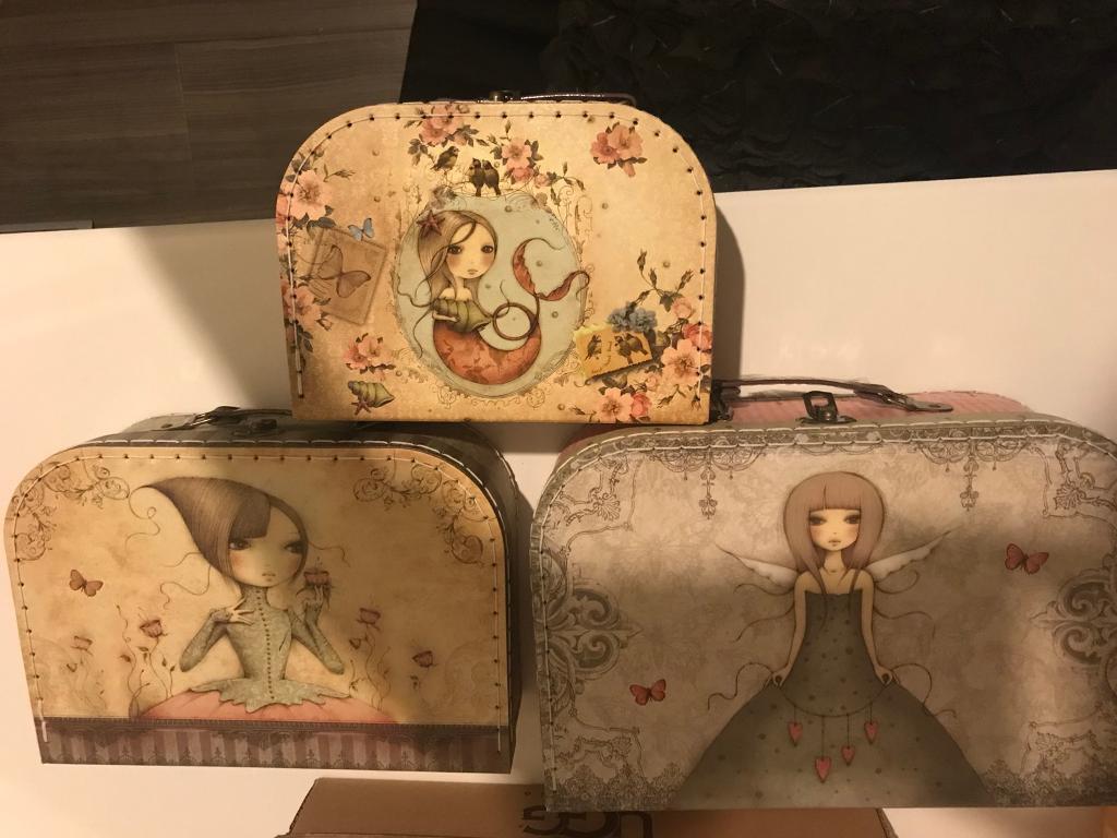 Santoro childs decorative suitcase set
