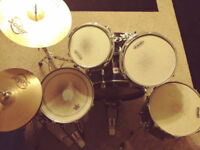 Gretsch Catalina Elite Full Drum Kit In Black & All Hardware & Double Kick