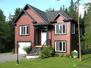 279 900$ - Maison 2 étages à vendre à Orford