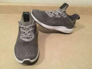 5398b8fc2a328 Boys Size 4.5 Adidas Alpha Bounce Running Shoes