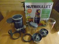 NutriBullet graphite - 12 piece (bought a 1 month ago used 3 times)
