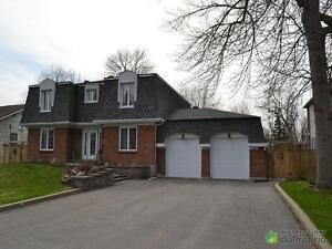 779 000$ - Maison 2 étages à vendre à Pointe-Claire