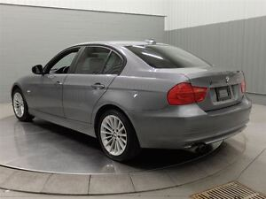 2011 BMW 328I XDRIVE TOIT CUIR West Island Greater Montréal image 11