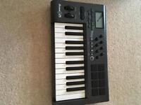 M-audio Axiom 25 MIDI controller keyboard