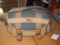 TOWN AND COUNTRY CAMERA BAG