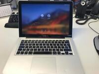 MacBook Pro Late 2011 2.4Ghz i5 4GB Ram