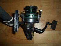 FIBREGLASS FISHING ROD +SHAKESPEARE PROTOUCH2010-070 REEL