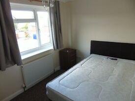 Large Double room to rent, Newly redecorated!