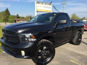2016 RAM 1500 ST Rare ! Hemi ! Short Box! Mickey Thompson Tir...