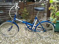 Vintage folding bike, 3 gears, rear rack & pump, comfortable ride