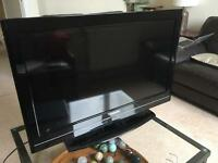 32 inch toshiba HD TV 1080