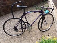 PEUGEOT road bike in excellent condition