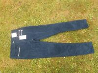 Ladies jeans size 8 BNWT