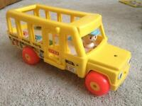 Vintage Fisher Price school bus in awesome condtion