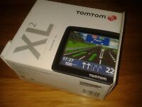 Tom Tom XL2 IQ Version 2 sat nav with accessories vgc