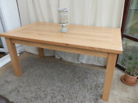 Sherwood Oak Dining Table seats 6