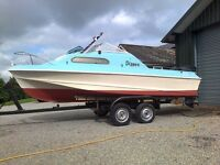 Shetland Sheltie Sundeck 535 Fast Fishing / Cabin Boat, with an 80 HP Mercury power tilt and trim