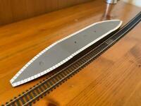 2x Hornby R460/64 Railway Platforms