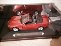 1:18 Scale Maisto Mercedes Benz SL Class Die Cast Model Car