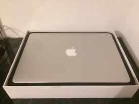 """Apple MacBook Air late 2014 13.3"""" backlit widesceen notebook. Immaculate condition"""