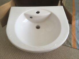 Porcelain bathroom basin NEW