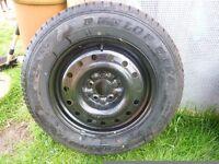 Tyre & Wheel - Dunlop Grand Trek ST20 215/65R16 98S New