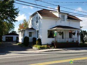 91 500$ - Maison 2 étages à vendre à Alma