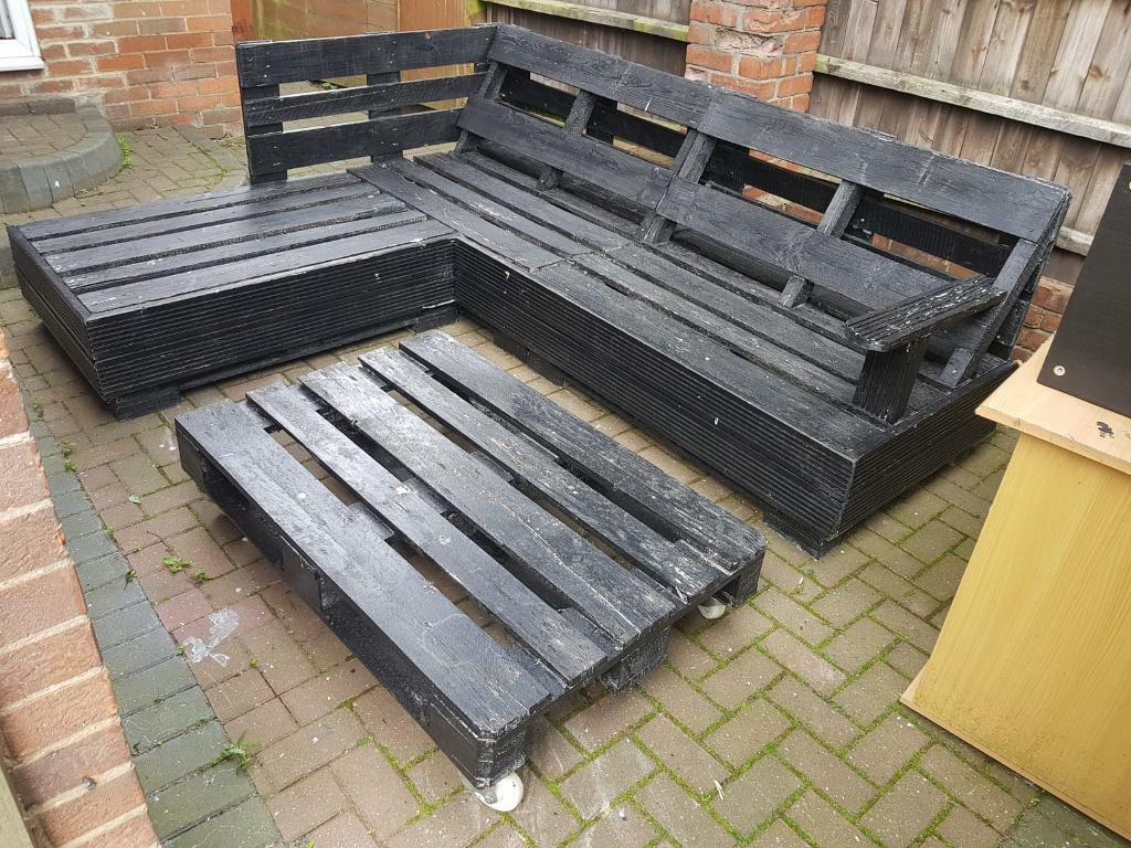 Corner Garden Furniture Seat Table Made From Pallets In Newton Aycliffe County Durham Gumtree