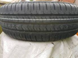 Brand new tyre never been fitted 215/70 R15C